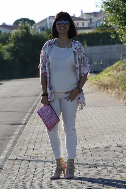 Look con Kimono de Flores