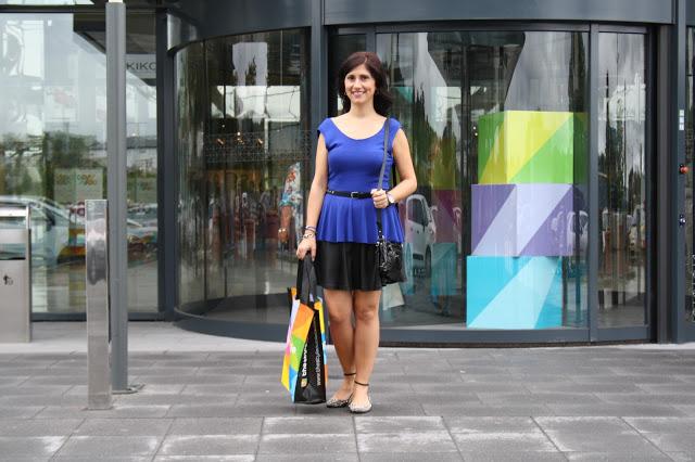 LOOK De nuevo Azul Klein